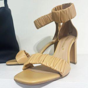 Sandalo Bruno Premi avana con tacco e laccio alla caviglia